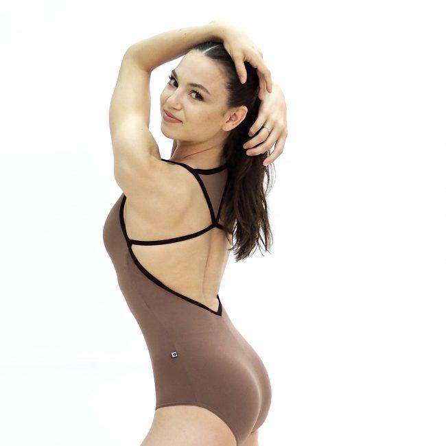 Ana-basic-leotard-nude-02-back