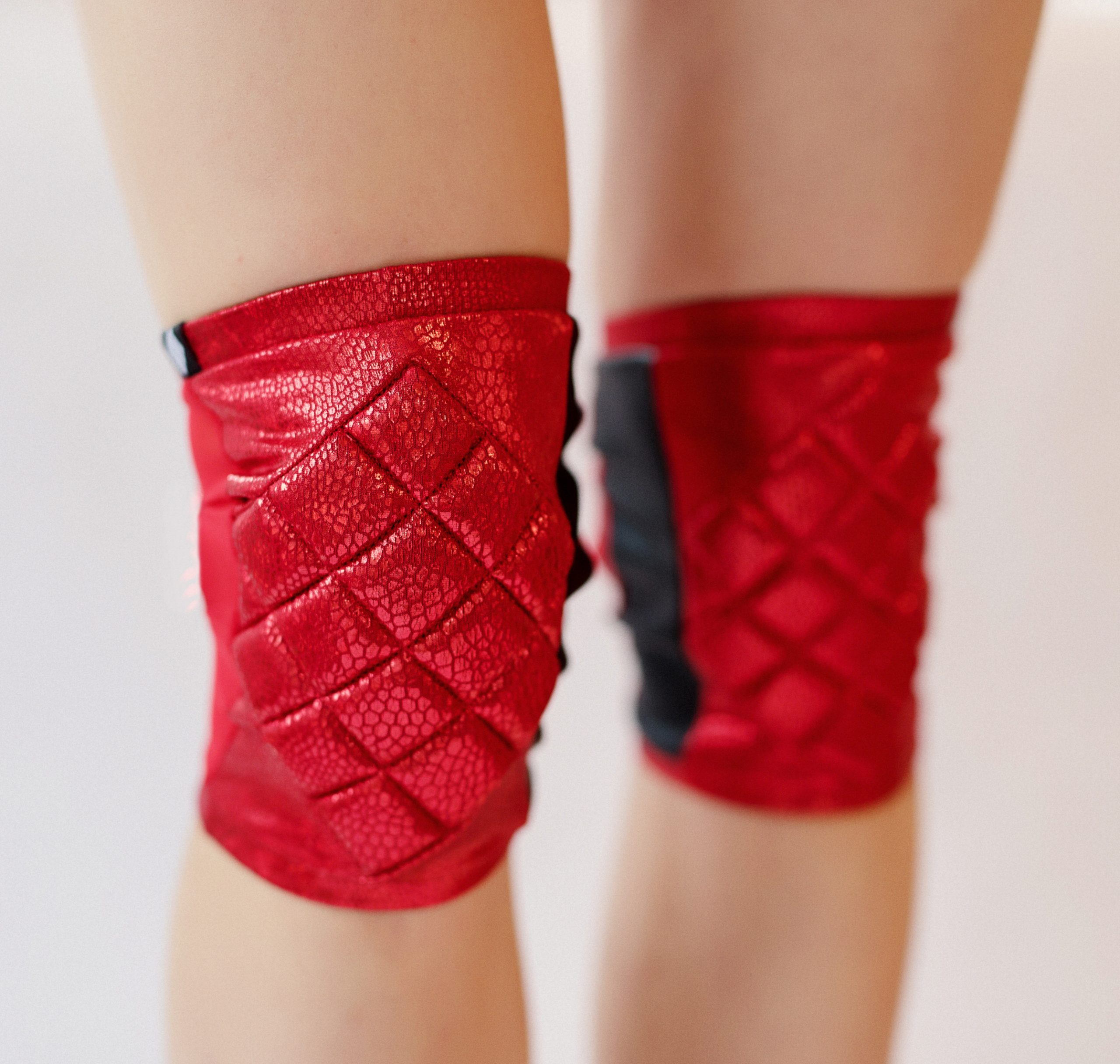 poledancerka_red_KNEE-PADS-2.jpg
