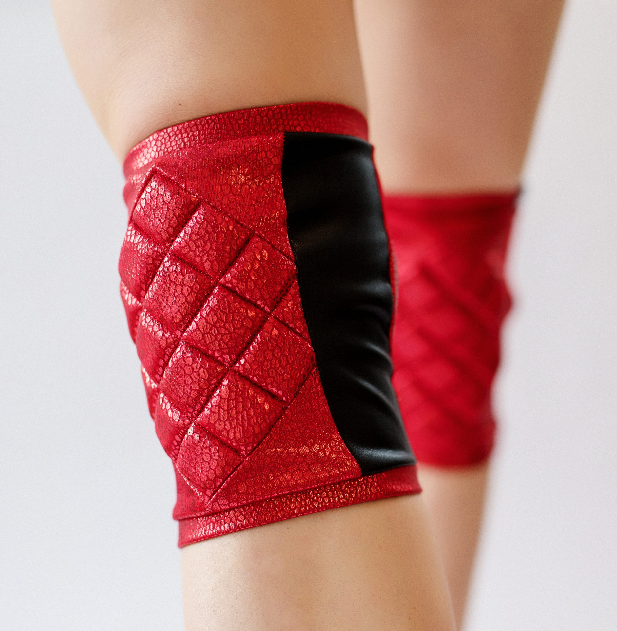 poledancerka_red_KNEE-PADS-3.jpg