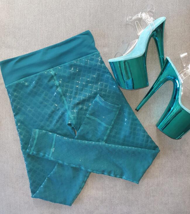 teal-sticky-pole-leggings-2